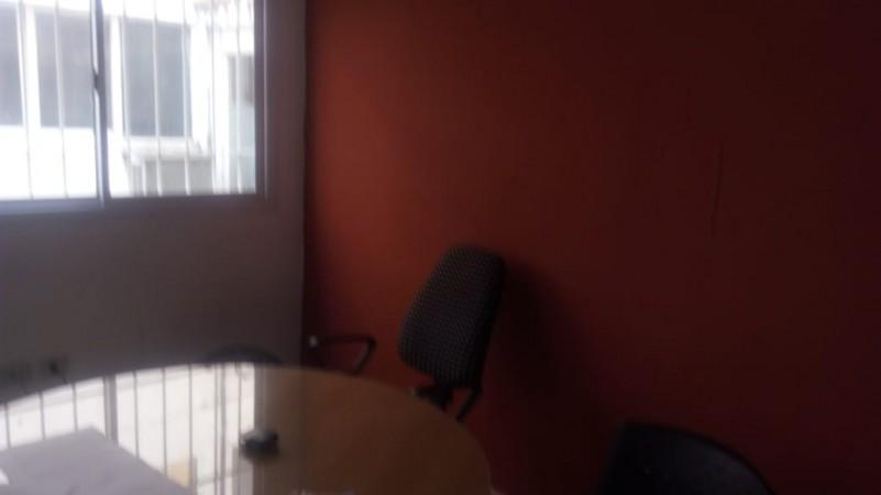 Centro- excepcional oficina en venta ubicación estratégica!