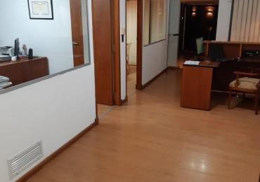 RETASADO! Centro Excelente Oficina en Alquiler- calle Tucumán al 20